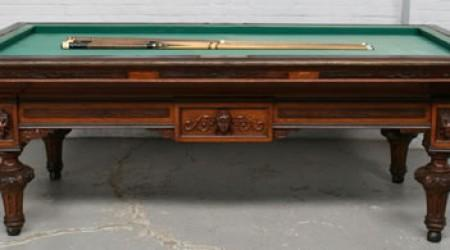 Corner angle of antique billiards table The Maurice Van de Kerkhov