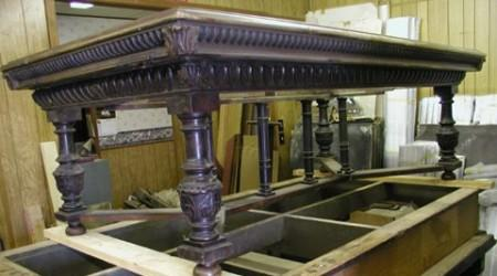Antique pool table, The Batielle