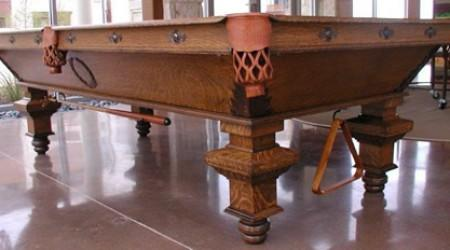 For sale: antique restored The Castle table