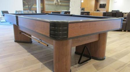 "Sturdy, antique billiards table ""The Commander"""