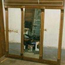 For sale: inlaid mirrored cue rack