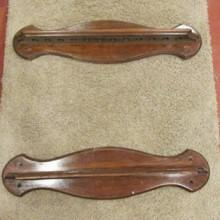 2-Piece antique cue rack