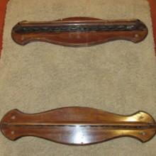 Antique cue rack in two-piece style
