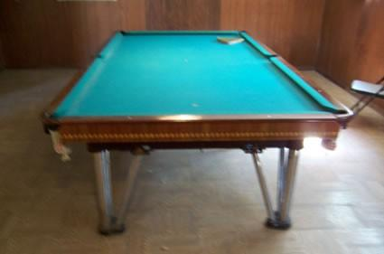 Damaged Pool Table - Champion frame, Medalist rails